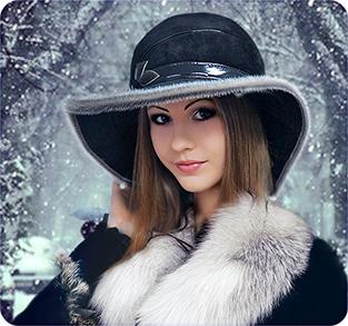 Замшевая шляпа с большими полями