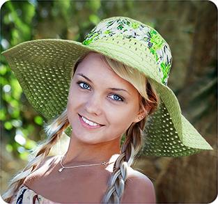 Шляпа с широкими полями из вискозы